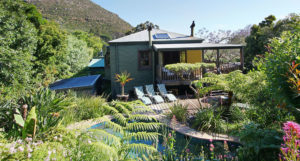 Luxury Holiday Accommodation - The Hout Bay Hideaway